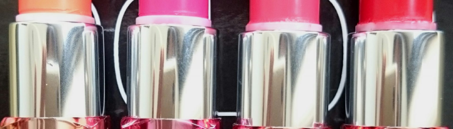 Maybelline Color Show lipsticks in Orange Icon, Fuschia Flare, Cherry Crush and Red Rush - review and swatches