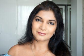 Subtle Daytime Glitter makeup tutorial