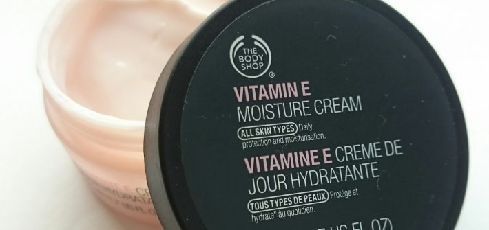 The Body Shop Vitamin E Moisture Cream review and giveaway