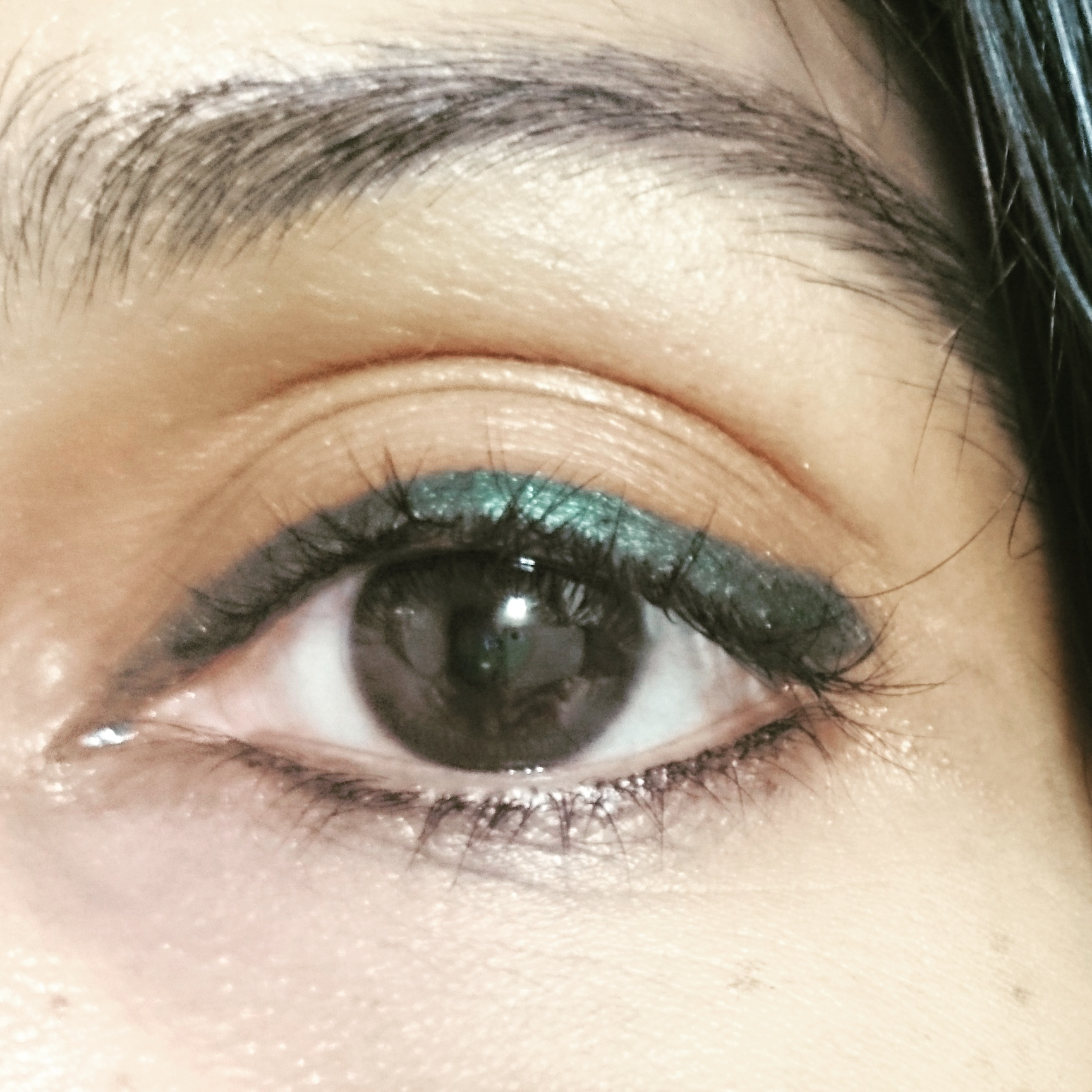 Maybelline Colossal Kohl in Jewelled Jade, Smoked Silver and Crushed Emerald - Review and swatches.