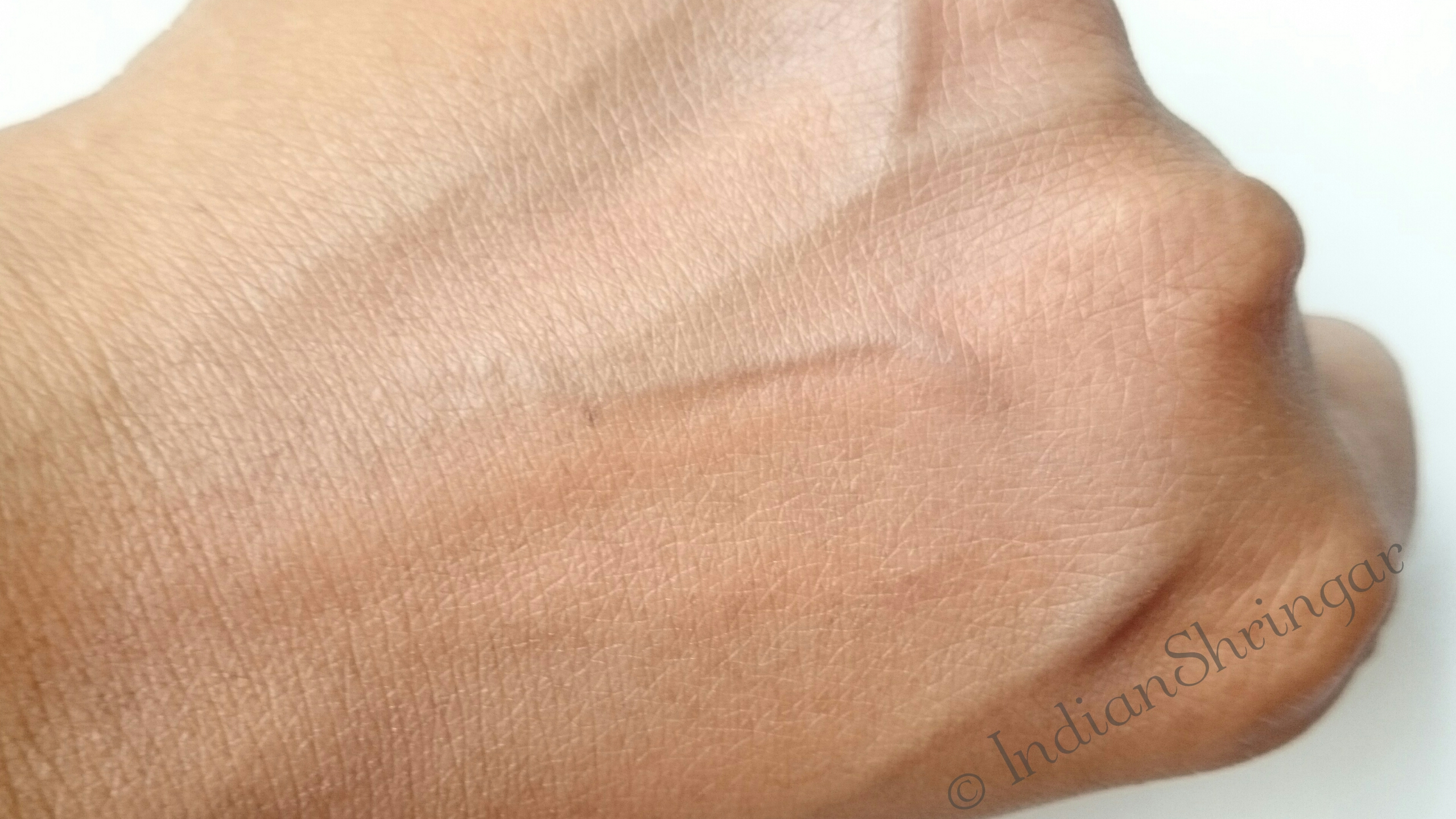 Za Perfect Fit Foundation OC30 review and swatch