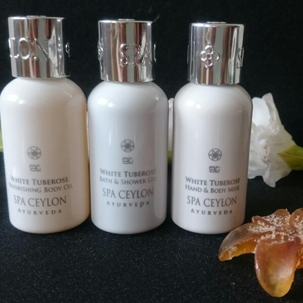 Spa Ceylon White Tuberose Home Spa Set Review
