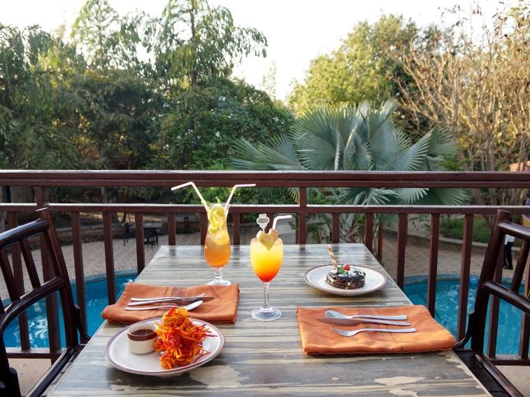 River View restaurant Fern Gir Forest Resort