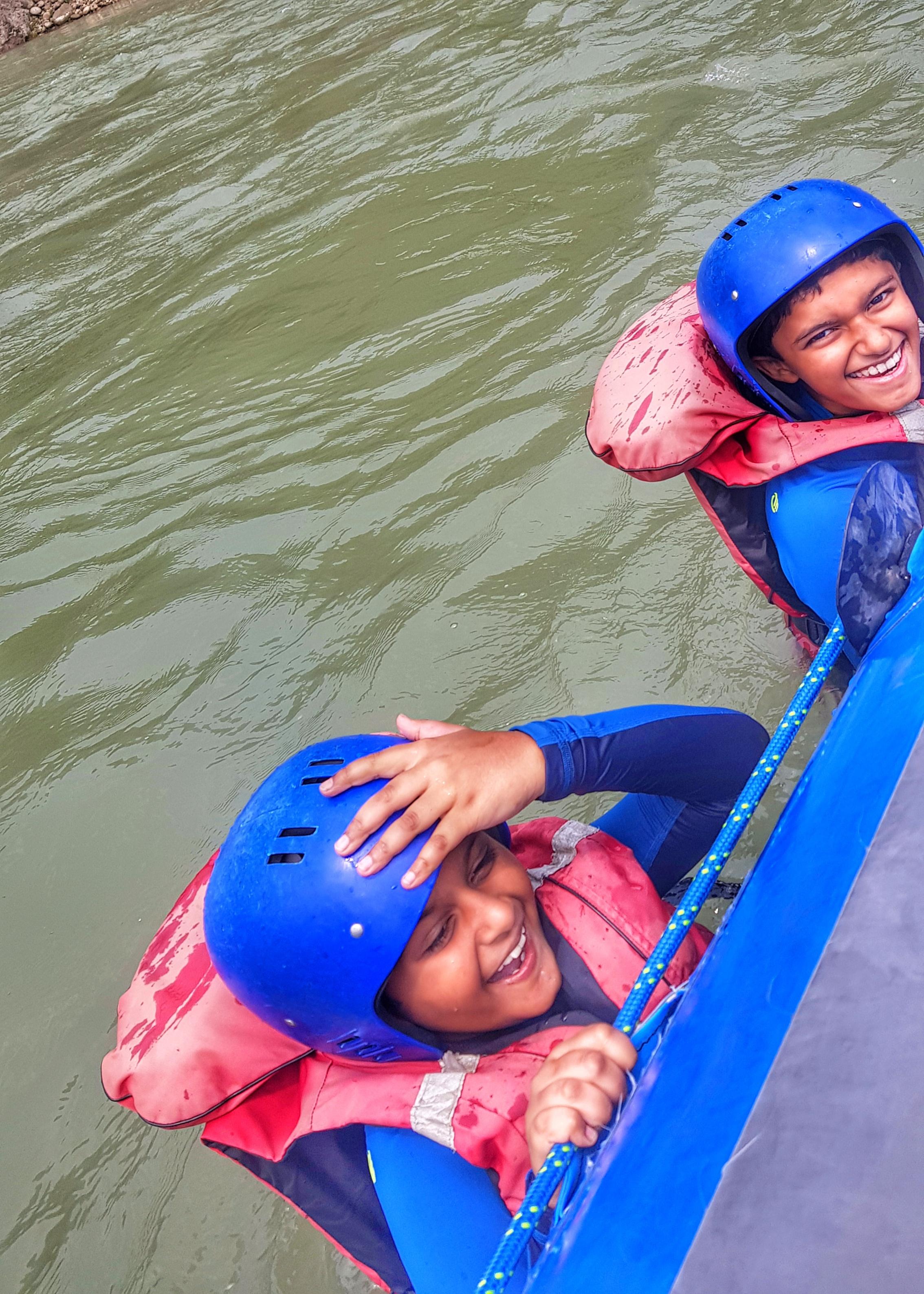 River rafting in the Mo Chhu