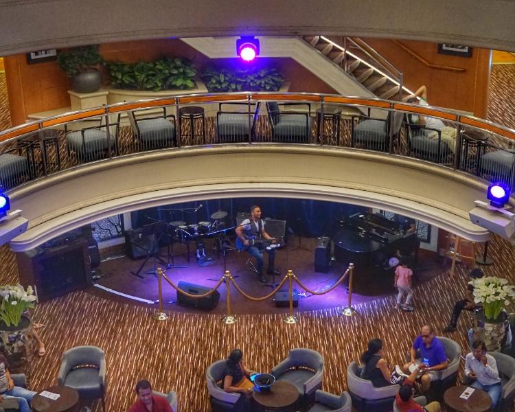Atrium & Mix Bar  on Jalesh Cruises Karnika